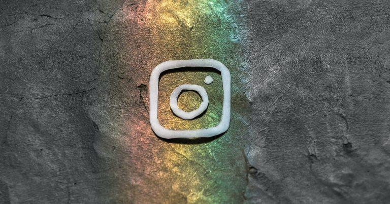 Post on Instagram from your desktop